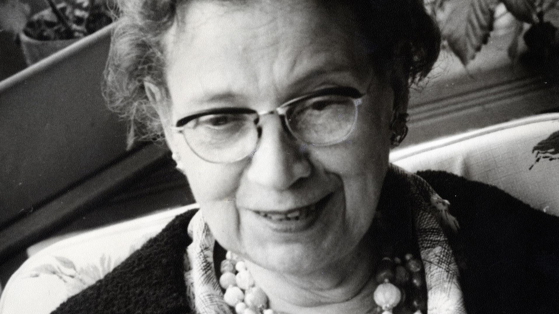 Élève de Gabriel Fauré, Yvonne Hubert a formé à Montréal les meilleurs musiciens jusqu'à sa mort en 1988
