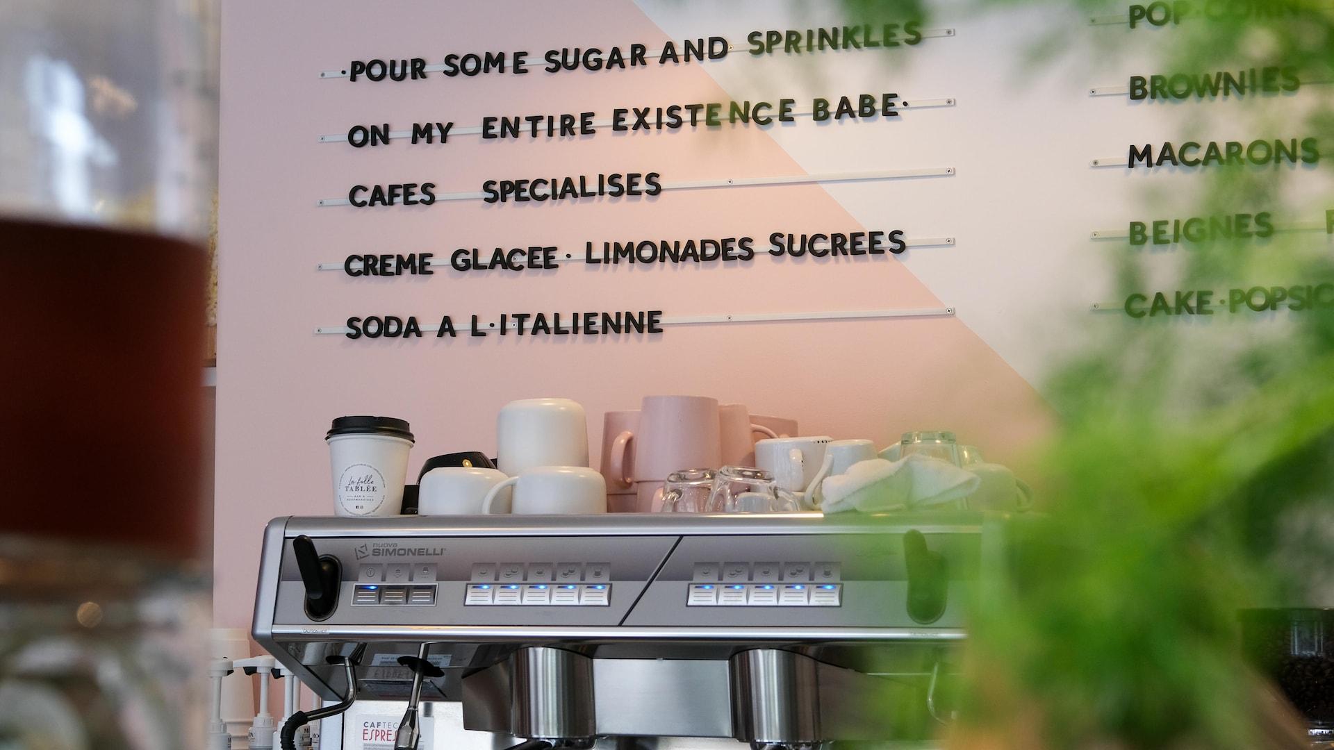Le menu du café-boutique.