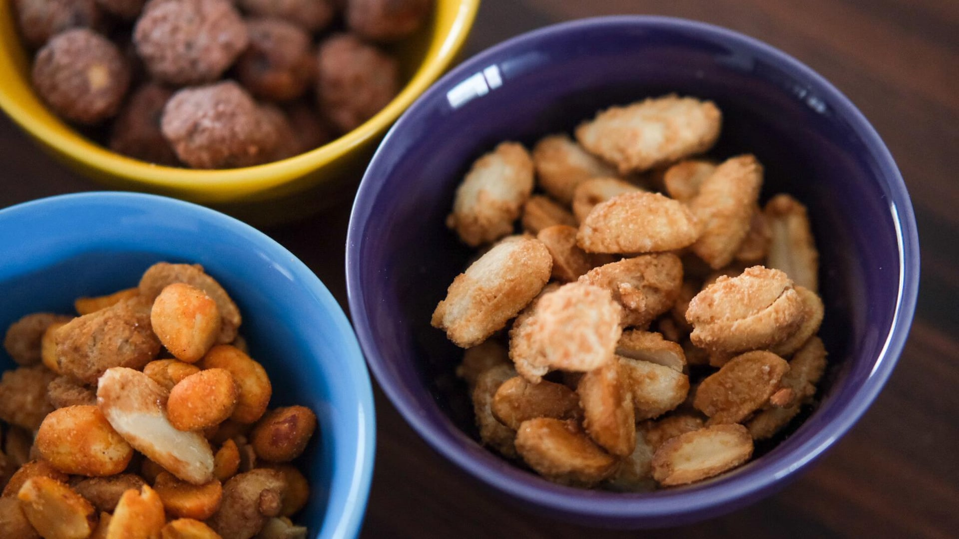 Des arachides au sirop d'érable.