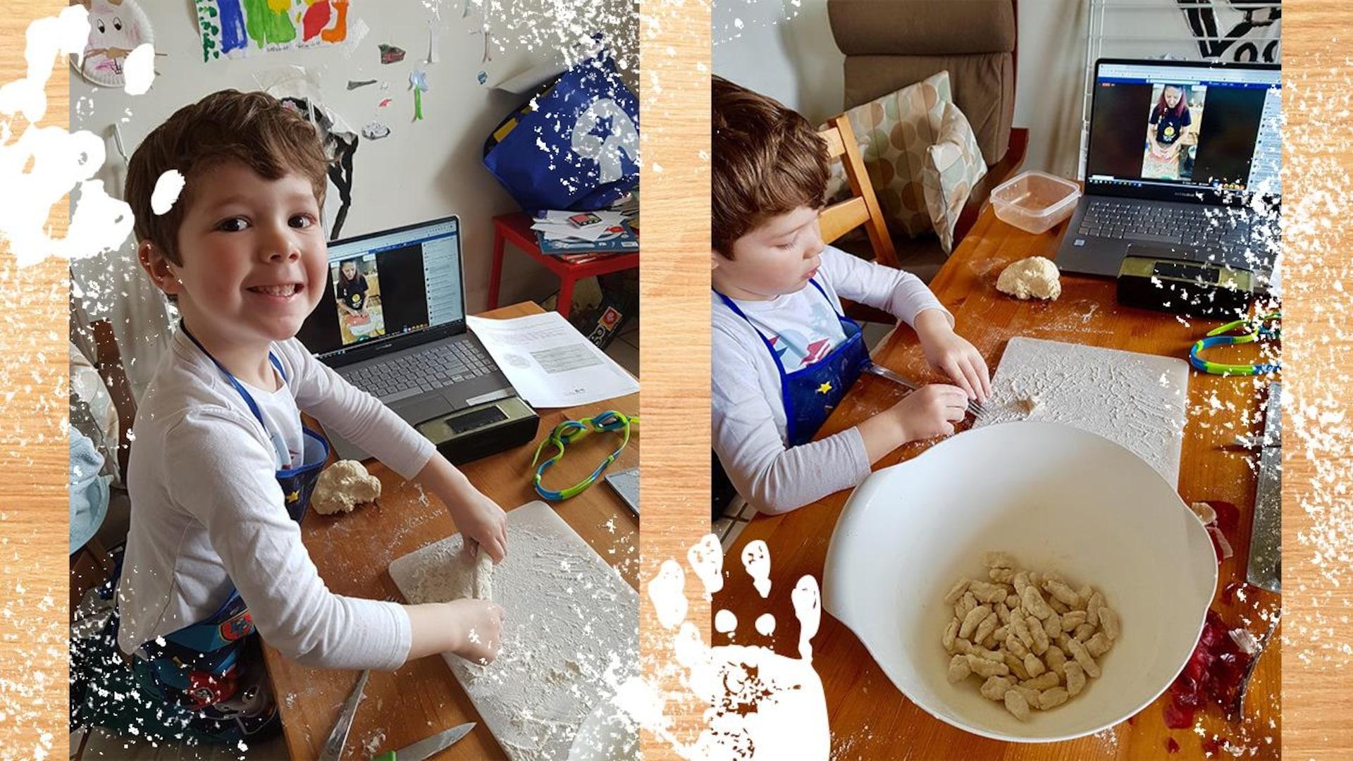 Un petit garçon cuisine avec de la farine