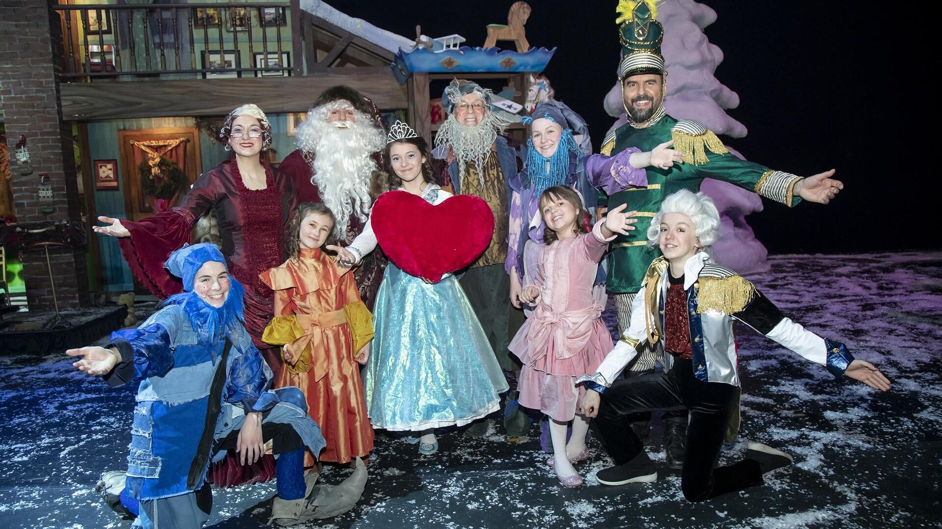 Le Petit Noël est une adaptation pour les jeunes enfants du spectacle Décembre de Québec Issime.