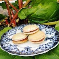 Les macarons à la rhubarbe de Manon Houle.
