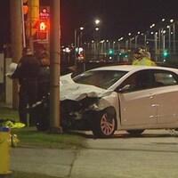 Deux véhicules accidentés de nuit à Ottawa.