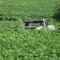 L'un des véhicules accidentés dans une violente collision à Terrebonne.