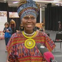 Jacky Essombe en entrevue.