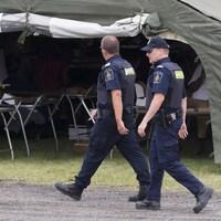 Des agents des services frontaliers