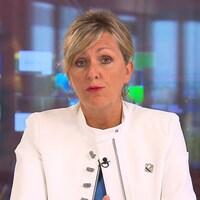 La ministre Laforest accorde une entrevue à la télévision.