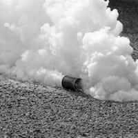 Une bombe lacrymogène