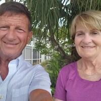 couple qui prend un selfie