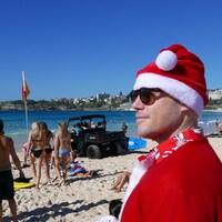 Les plages de Sydney ont été envahies par les baigneurs le jour de Noël.