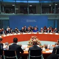 Les participants au Sommet de la paix sur la Libye à Berlin, le 19 janvier 2020.
