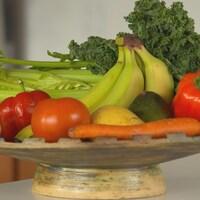 Des fruits dans une corbeille
