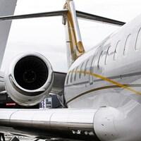Un avion d'affaires Global 6000 de Bombardier en gros plan.