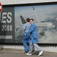 Des travailleurs de Bombardier en Irlande.