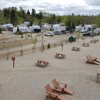 Le camping Belley compte 321 emplacements.