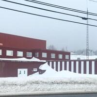 Le vieille usine Carapro, à Caraquet