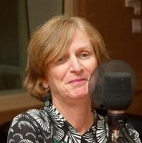 Catherine Potvin au micro.