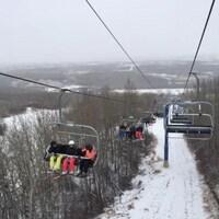 Le remonte-pente du centre de ski Table Mountain, dans la région des Battlefords, en Saskatchewan.