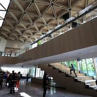 Le Centre national des arts d'Ottawa, inauguré en 1969, a fait peau neuve en 2017.