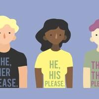 Des dessins de trois personnes portent des t-shirts demandant qu'on leur parle en utilisant un pronom qu'elles préfèrent.