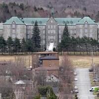 Vue du bâtiment du couvent Mont-Sainte-Famille