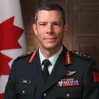 Portrait de Dany Fortin en uniforme.