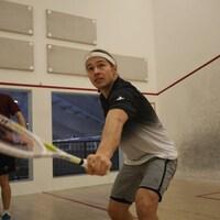 David Baillargeon en action, raquette en main
