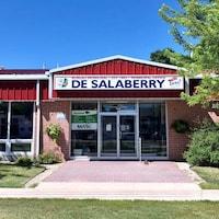La devanture du bureau municipal de la municipalité rurale de De salaberry au Manitoba.