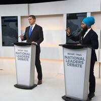 Elizabeth May, Andrew Scheer et Jagmeet Singh débattent.