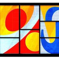 Les lettres du mot Google sont visibles dans un dessin qui ressemble à une verrière de l'artiste Marcelle Ferron.