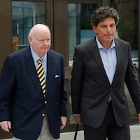 Mike Duffy et Lawrence Greenspon.