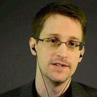 L'ancien employé contractuel de l'Agence nationale de sécurité des États-Unis, Edward Snowden