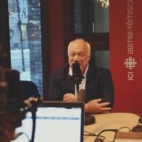 Éric-Emmanuel Schmitt était l'invité d'Annie-Claude Luneau à l'émission Région zéro 8.