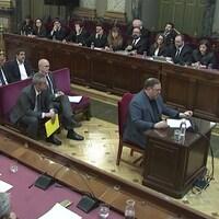 L'ex-vice-président catalan Oriol Junqueras témoigne à la Cour suprême à Madrid.