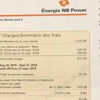 Une facture de la société d'Énergie du Nouveau-Brunswick. Les numéros du compte et de la facture sont masqués.