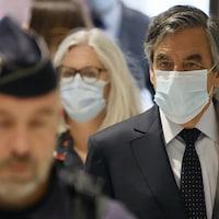 François Fillon et Penelope Fillon lors de leur arrivée au palais de justice de Paris, lundi