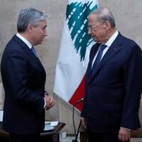 Michel Aoun et François-Philippe Champagne face à face.