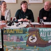Véronique Laflamme répond aux questions des journalistes