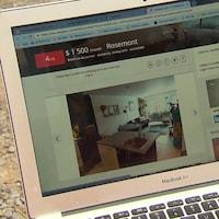 Écran d'ordinateur avec une annonce de location de logement
