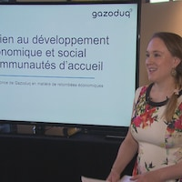 Marie-Christine Demers fait une présentation.