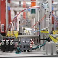 Des équipement pour le diplôme d'études collégiales en Automatisation et contrôle.