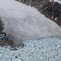 Un glacier.