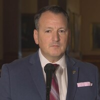 Le ministre de l'Énergie de l'Ontario, Greg Rickford,