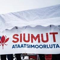 Une pancarte du parti Siumut au Groenland.