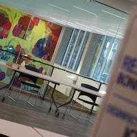 Le YMCA offre un lieu pour permettre aux sans-abri de se réchauffer.