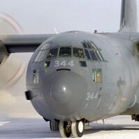 Un avion CC-130 Hercules.