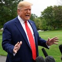 Le président américain Donald Trump s'adresse à la presse avant son départ de Washington vers la Floride, le 3 octobre 2019.