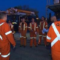 Des monteurs d'Hydro-Québec lors de leur départ pour les États-Unis touchés par l'ouragan Irma