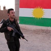 Un combattant peshmerga kurde dans le sud-ouest de Kirkouk