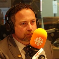 Jean Lamarche au micro